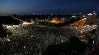 Tens of thousands of Romanians gather to protest against the government in Bucharest, August 2018