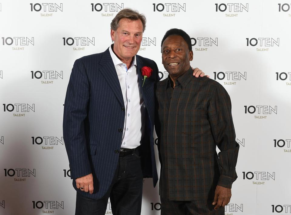 Hoddle alongside Pele