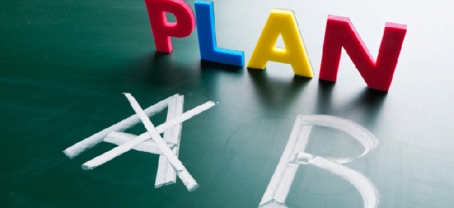 should you stick to the business plan or change it
